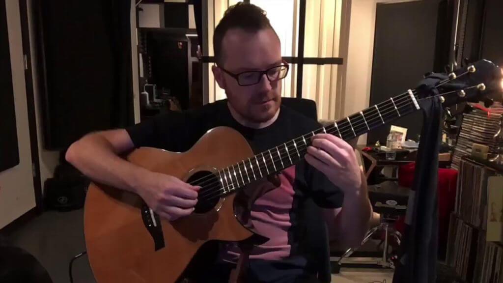 Antoine Dufour NV Tone Internal mic inside guitar